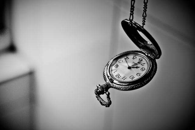 0528_time-pocket-watch